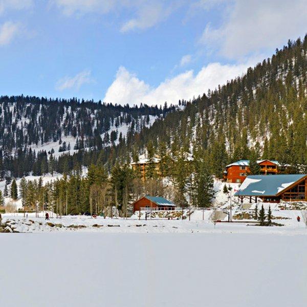 Winter RockRidge Canyon_Bridge+Retreat Centre