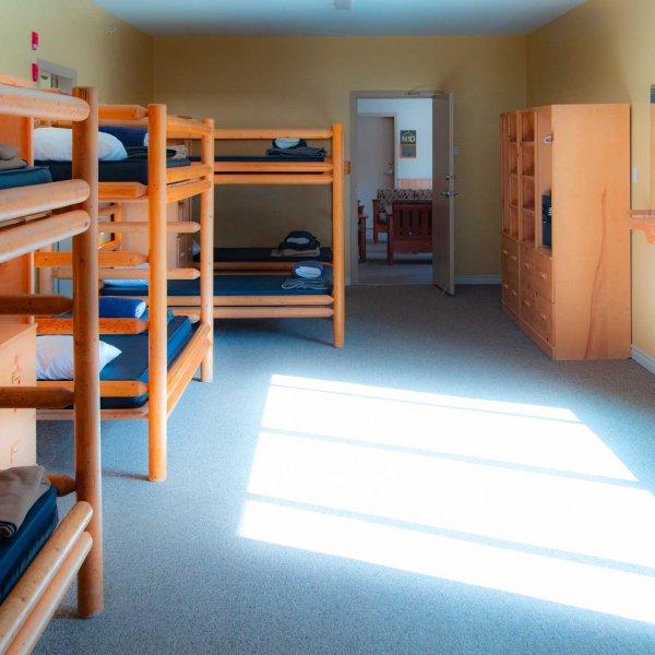 Dorm Lodge - RockRidge Canyon Retreat Centre